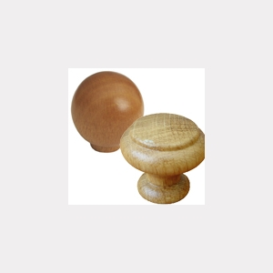 WOODEN KNOBS